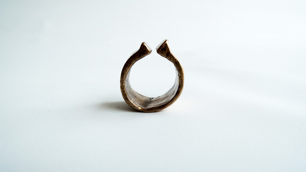 WWAKE Double Vertical Bevel Ring