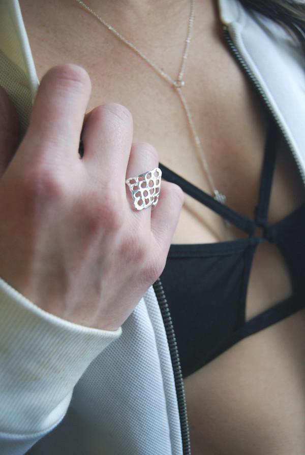 Mercurial NYC Lattice Ring
