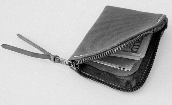 MAKR Canvas Zip Slim Wallet in Tobacco
