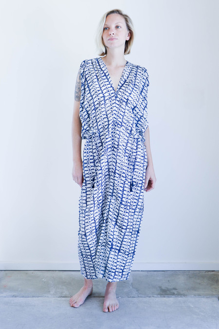 Mirth Caftans Vana Caftan in Blue And Ivory Block Print