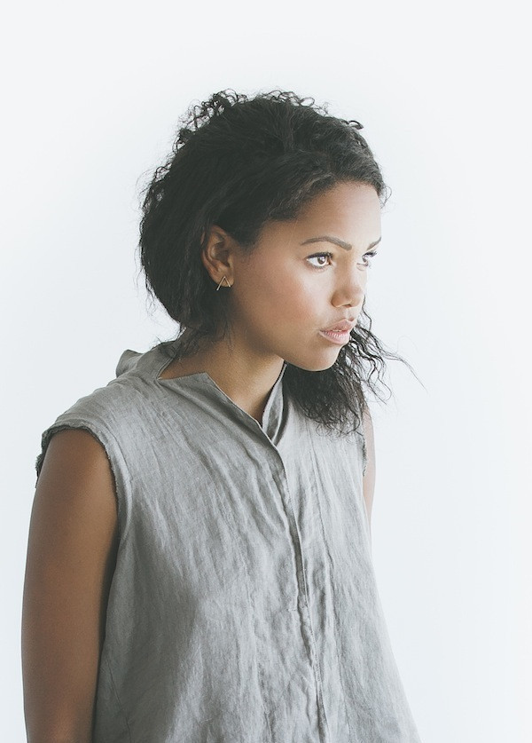 Black Crane - Stand Collar Top in Light Grey