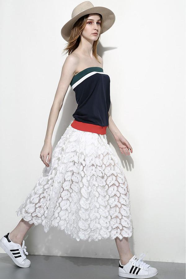 Few Moda White Feather Lace Maxi Skirt