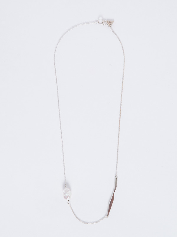 FARIS KESHI CUTOUT NECKLACE