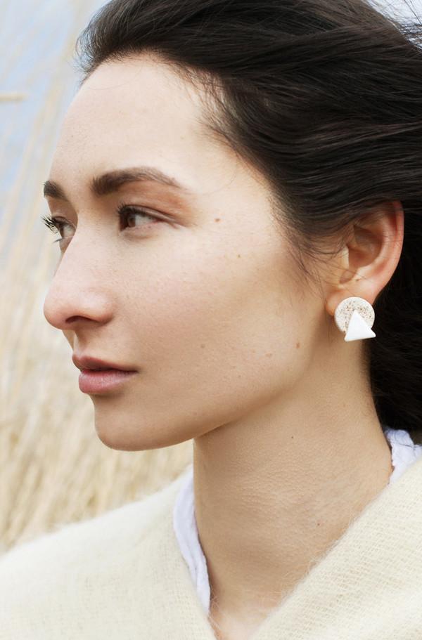 Gamma Folk Mount Moon Earrings