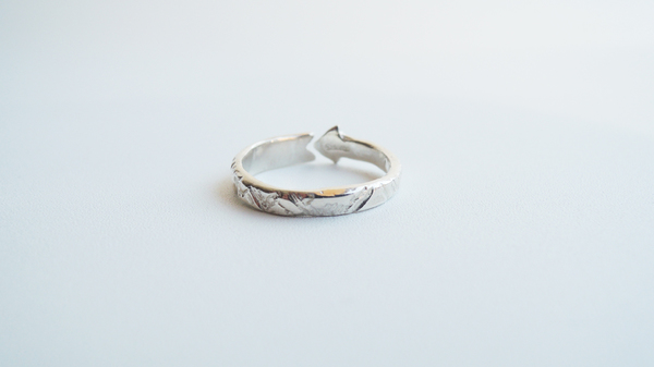Odette New York Arrow Ring