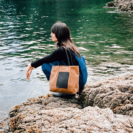 AW by ANDREA WONG ON THE GO POCKET TOTE   RUST