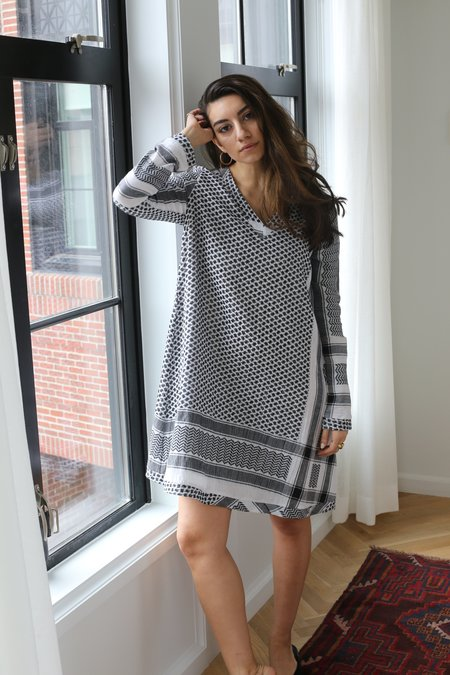 CECILIE copenhagen Dress 1 V Long Sleeves