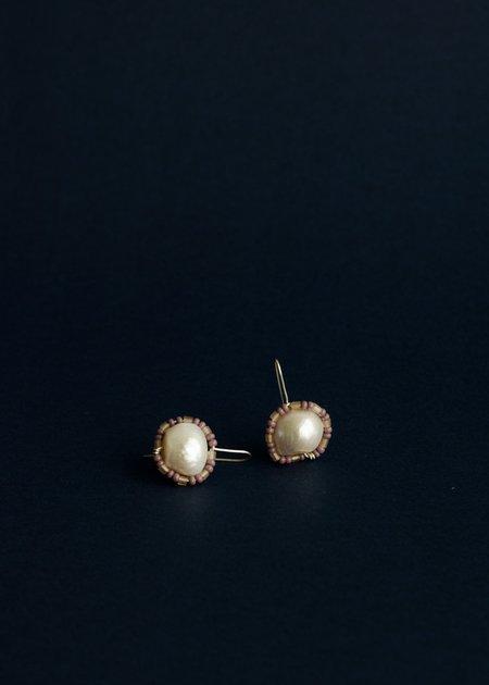 Zelda Murray pearl earrings - pale grape + pinky beige