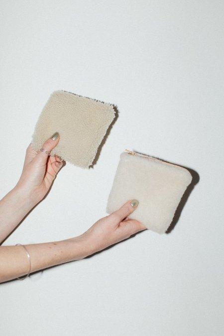 Laura Schoorl Mini Sheep Clutch - Beige/ White