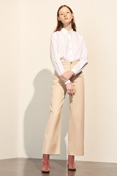 Kowtow Stage Pant in Natural