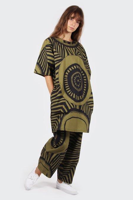 VERNER X Lisa Waup Tee Dress - black/green