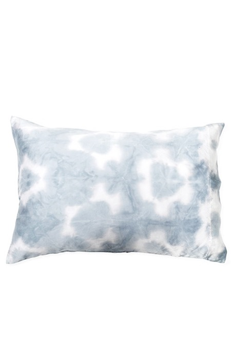 UPSTATE Silk Pillow in Oyster