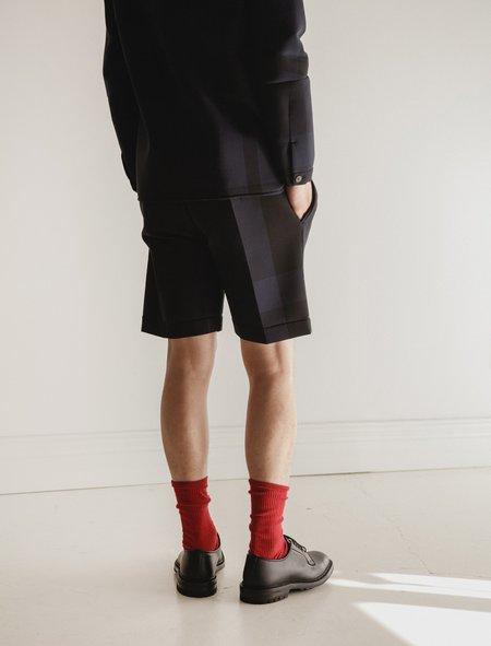 Stephan Schneider Shorts Corner - Night