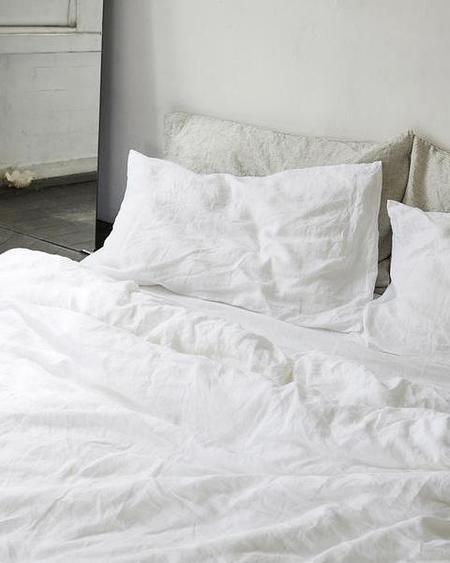 Deiji Studios Pillow Slip Set - White