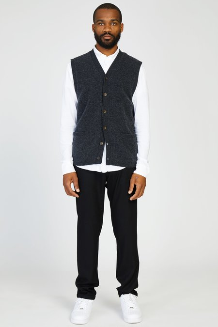 PRESIDENTS WASHED WOOL KNIT VEST - CHARCOAL