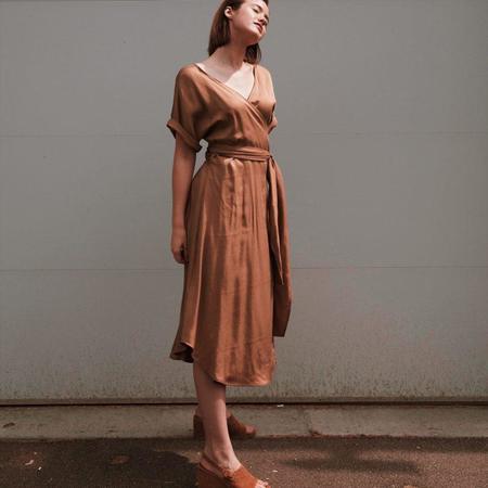Hackwith Design House Midi-reversible Wrap Dress - Camel