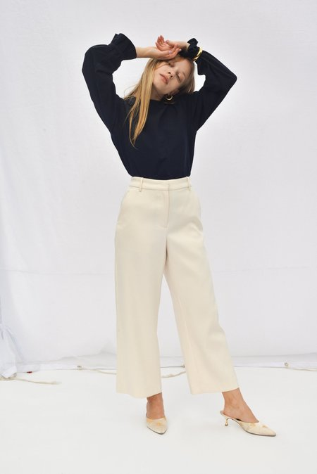 Nikki Chasin GALLERY CROPPED TROUSER - IVORY