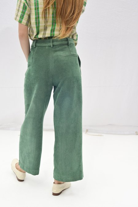Nikki Chasin GALLERY CROPPED TROUSER - SEA GREEN