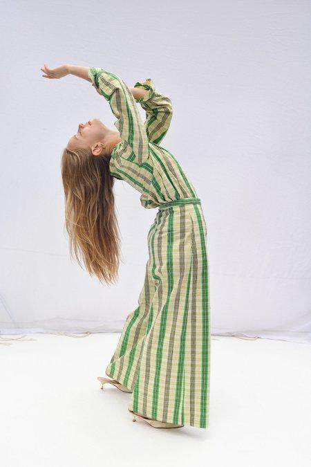 Nikki Chasin SPARTA RUFFLE SLEEVE TOP - JADE SILK PLAID