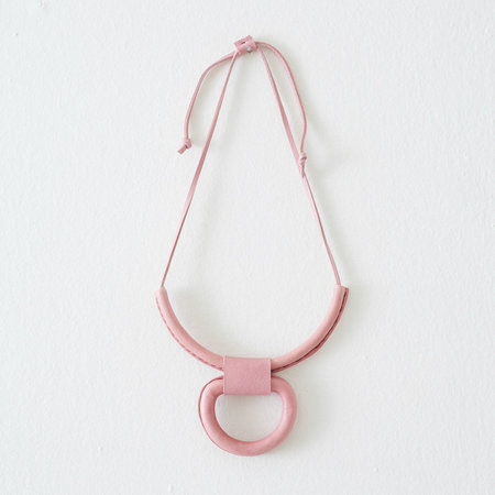 Crescioni Union Necklace - Pink