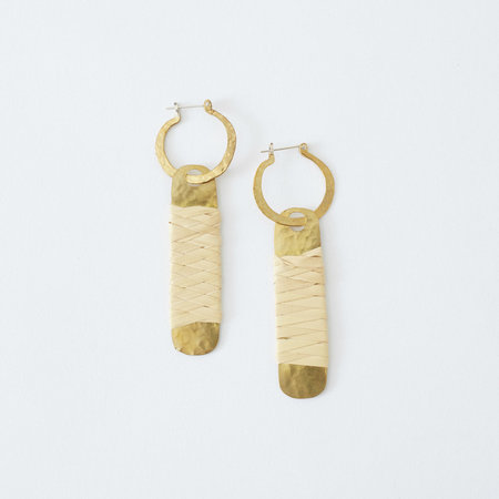 Crescioni Luz Earrings Palm