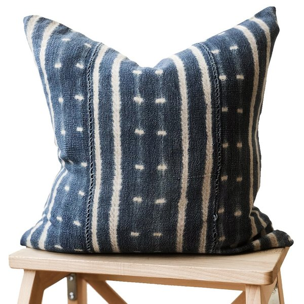 Valiente Goods Small Indigo Pillow 04