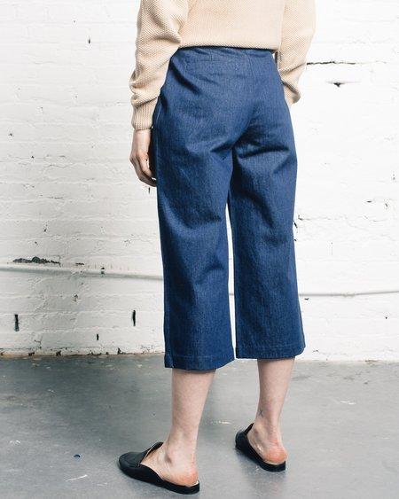 7115 by Szeki Spring Cropped Trouser