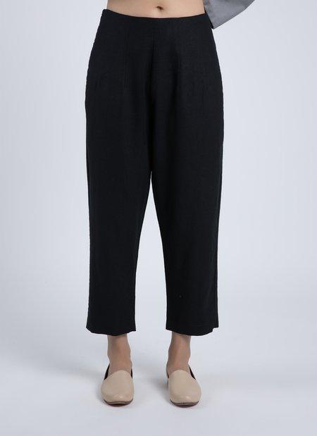 KAAREM Forage Pleated Pocket Pant - Black Linen