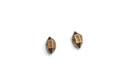 Uni Jewelry Herkimer studs - bronze