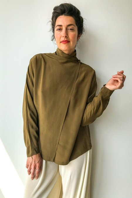 Mixed Business Vintage Silk Wrap Shirt in Olive