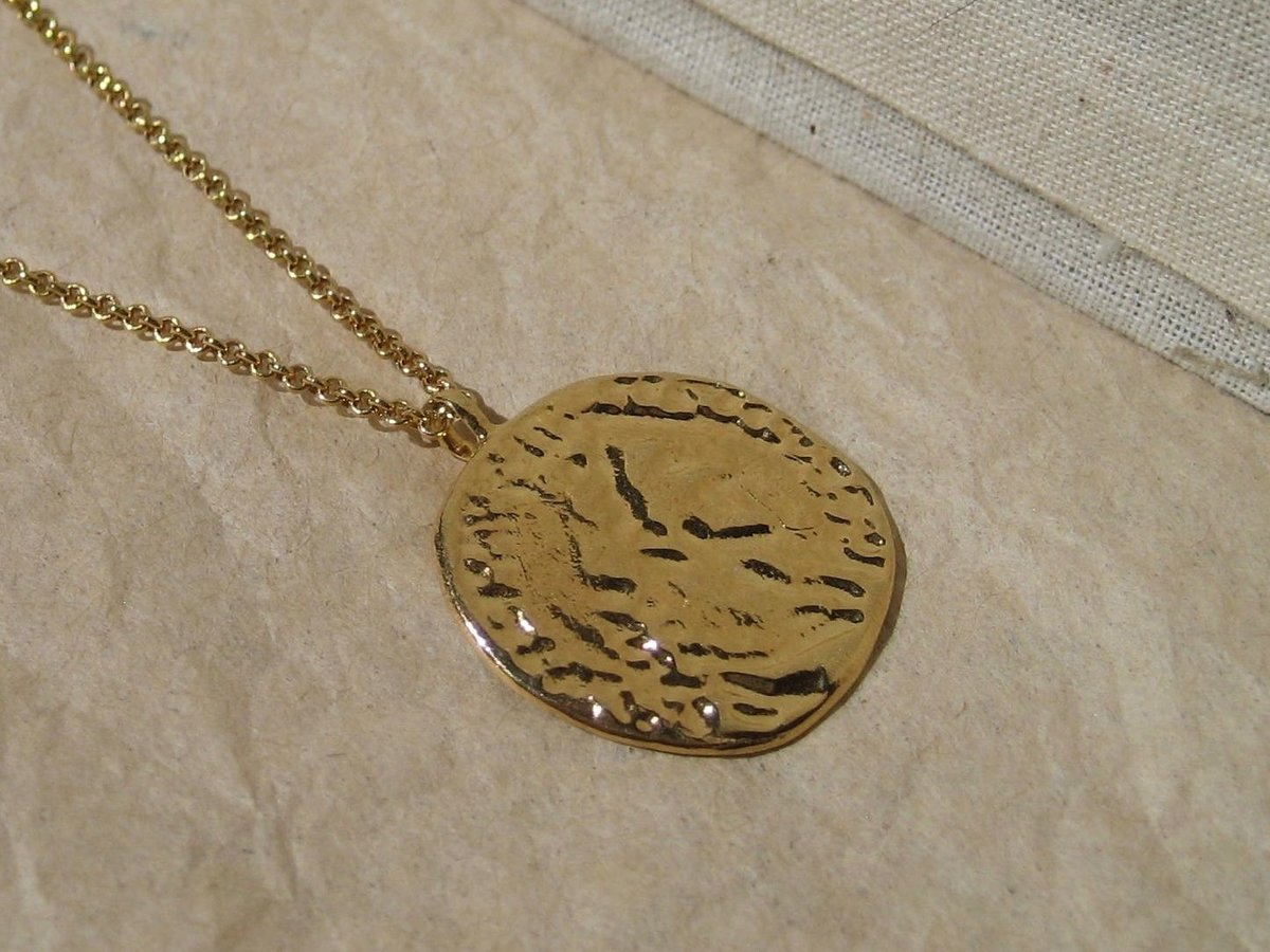 curb l mens cuban medallion medusa pendants lion greek gold necklace chain larger ebay patern view with pattern pendant chains