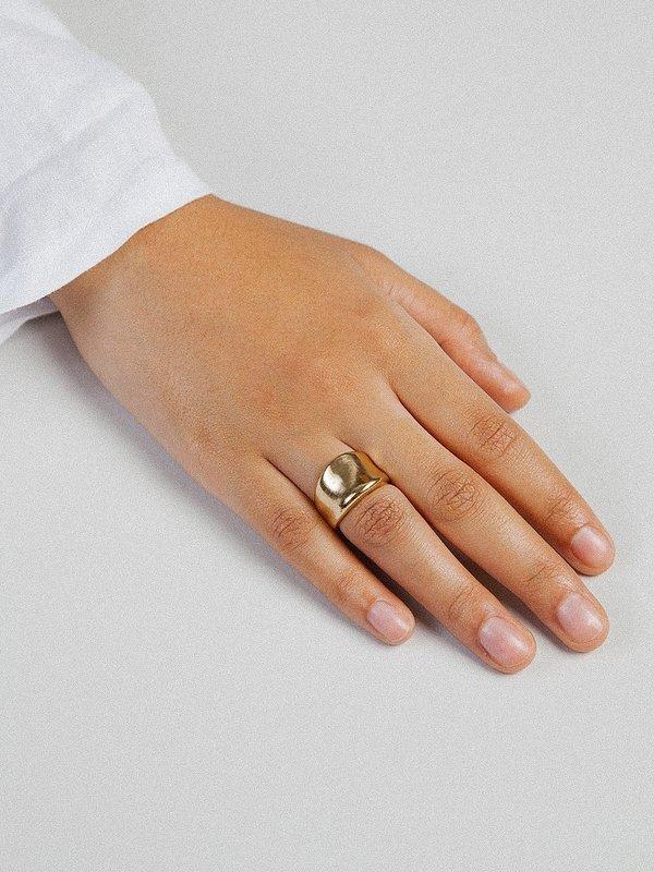 Wolf Circus Arora Ring - Gold