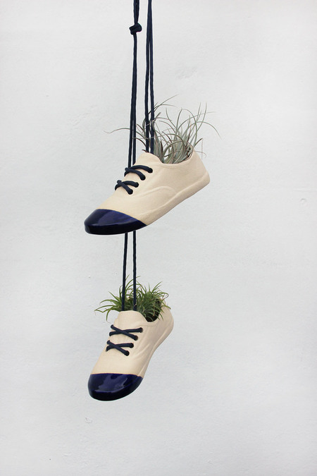 Wyatt Little Shoe Pot - Blue Tip Toe