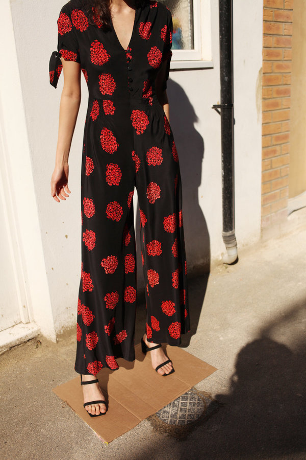 NO.6 Althea Jumpsuit - Black with a red Poppy/Hydrangea print