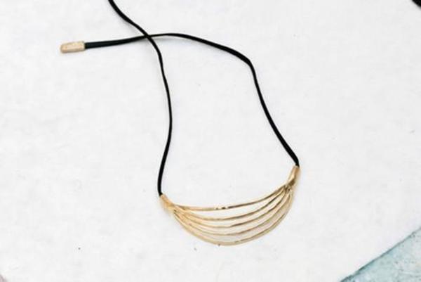 Luiny El Mar Leather Necklace