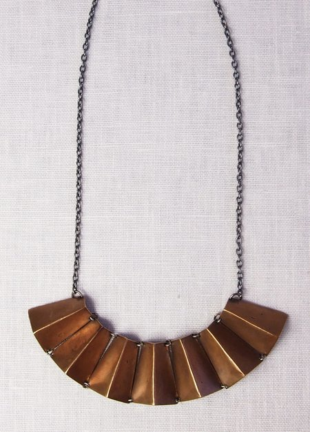 Mikinora Fan Necklace - Bronze