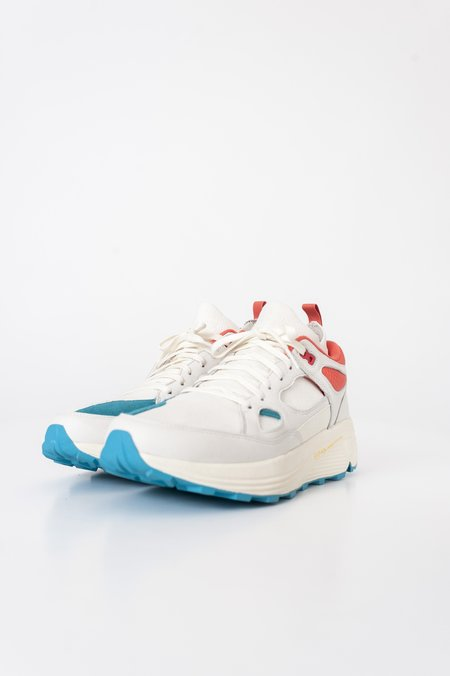Brandblack Aura Sneaker - White/Teal