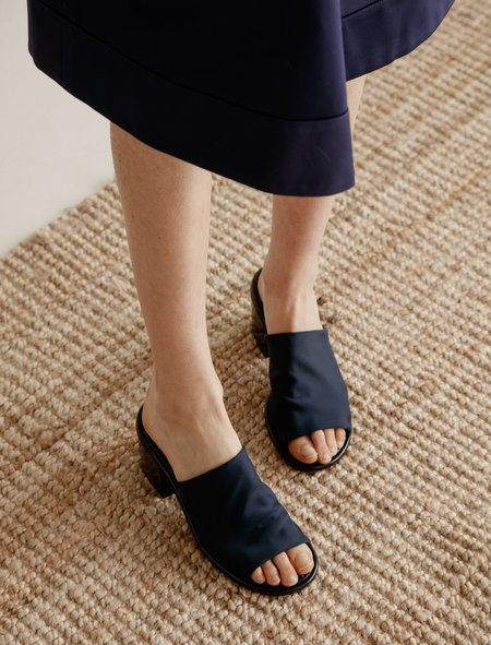 Robert Clergerie Epulett Stretch Sandal - Navy