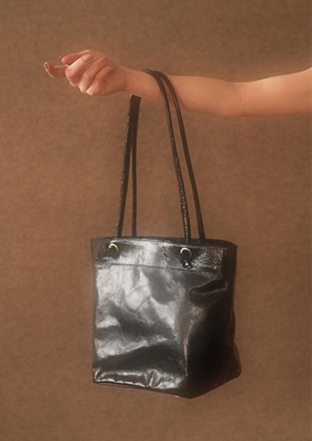 About Arianne Frances Handbag - Black