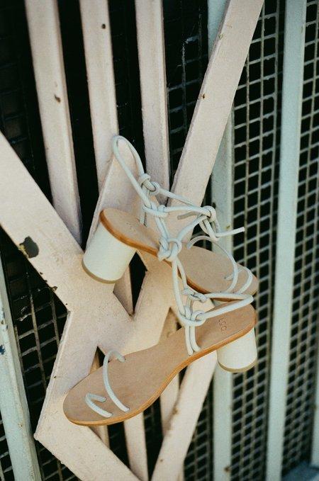 LOQ Xavi Sandals - Salt