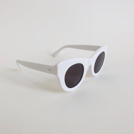 Unisex Sun Buddies Uma Sunglasses - Solid White
