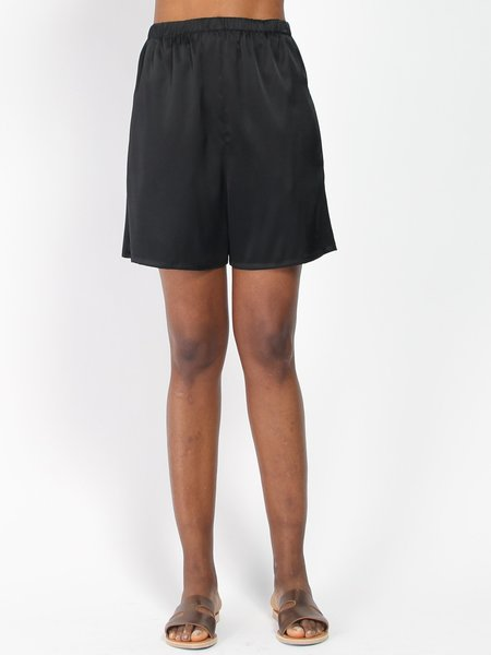Index Series Hester Midi Shorts - Black