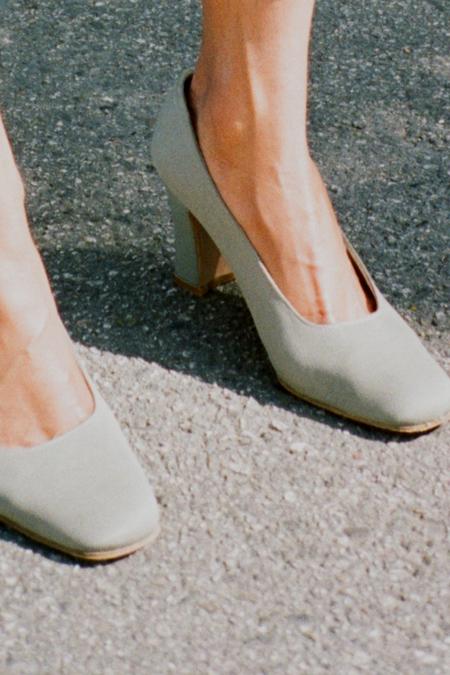 Vintage Casia Stuart Weitzman Heel - Grey