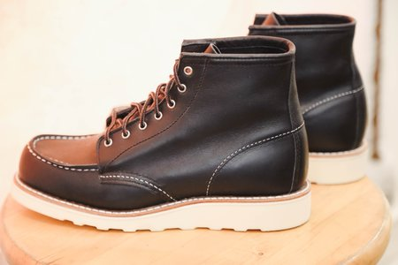 Red Wing Heritage Moc Toes Boots - Black Boundary