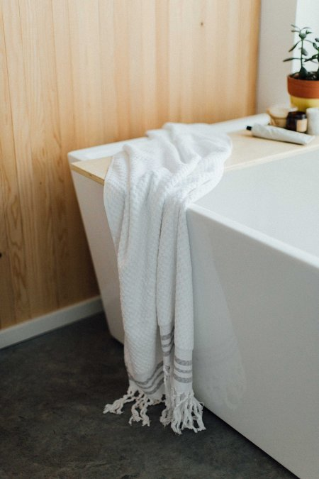 Weft End Bath Towel - White