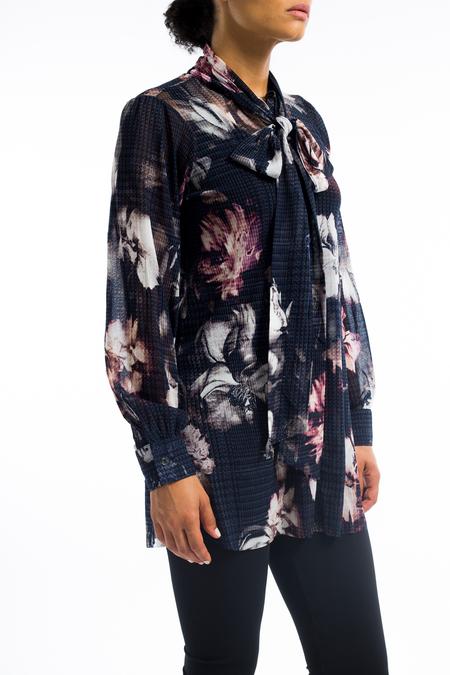 Fuzzi tie plaid tunic blouse - Floral