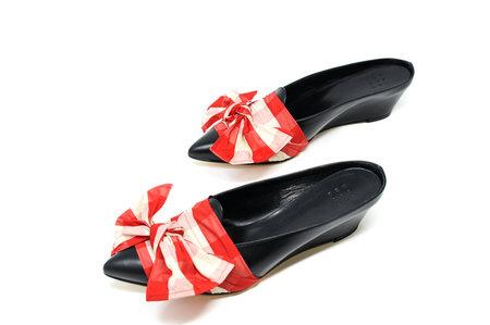 Trademark Adrien Tie Slide - Red And Cream Plaid