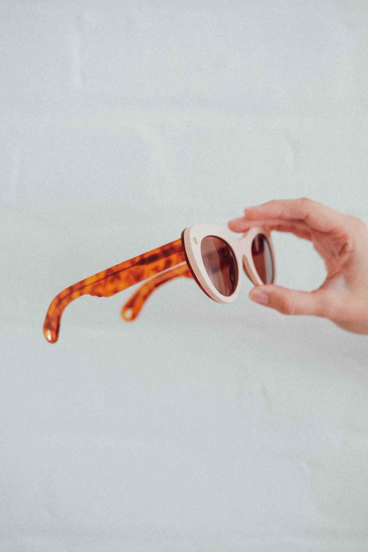 6583e91970d Lucy Folk Wingspan Sunglasses - Conch Shell