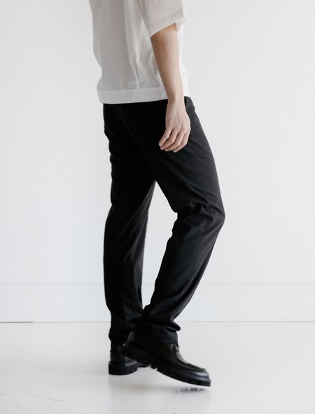 Leon Bara Soft Tech Wool Station Trouser - Black