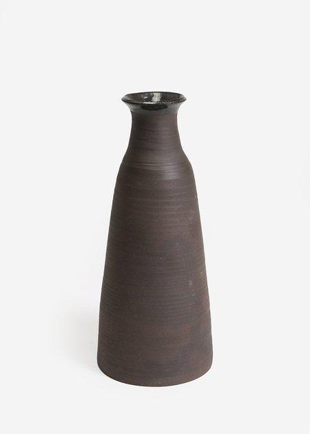 Stranger Studio Sable Vase 06
